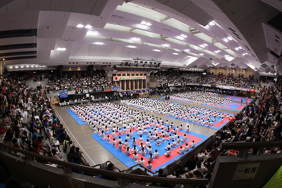 「第19回全日本少年少女空手道選手権大会」(全少)を開催