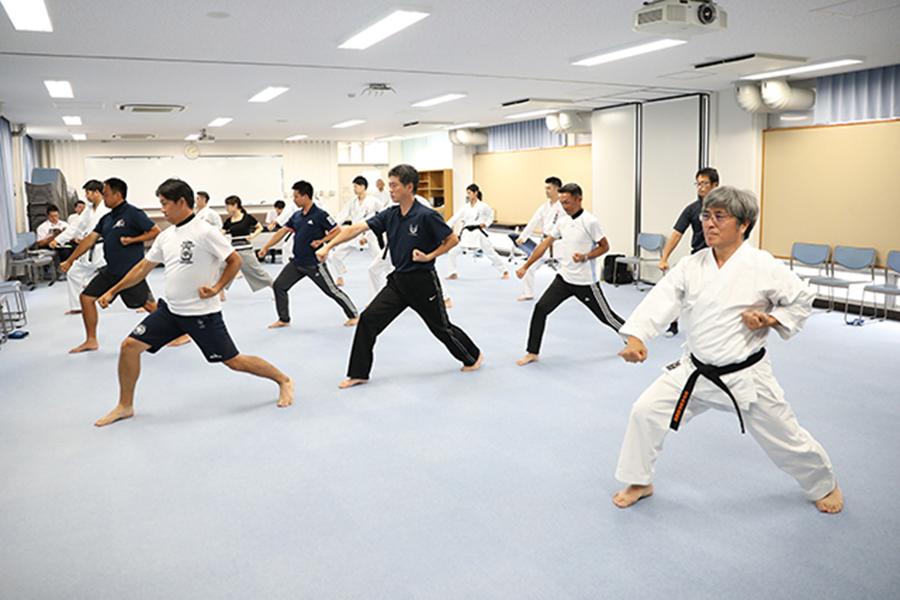 岡山県にて「学校空手道指導者研修会」開催