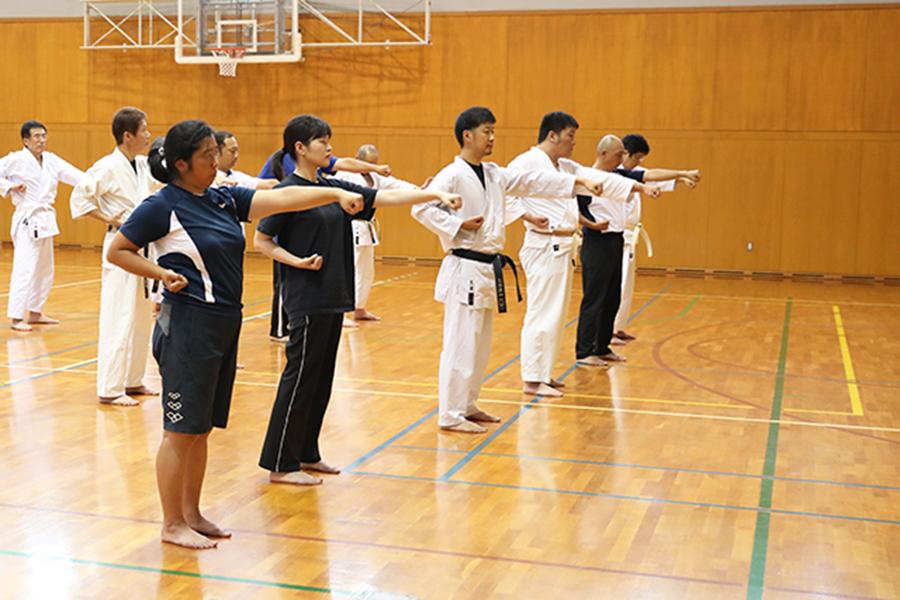 「令和元年度学校空手道実技指導者講習会」を開催