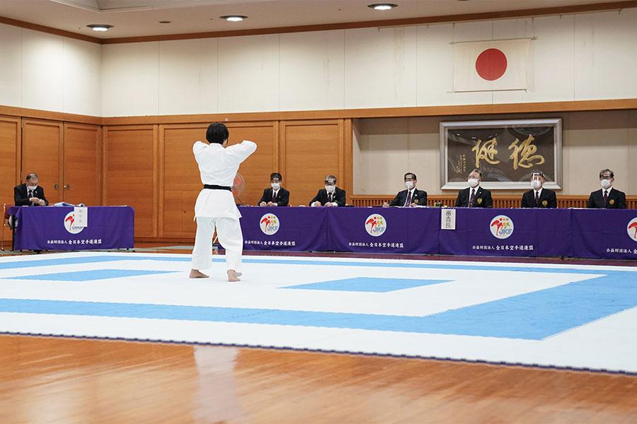 公認六段位・七段位・八段位審査会(大阪)を開催